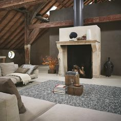 Stubble rugs by Brink&Campman are expertly hand woven rugs from India that are crafted using wool that goes through a special production process to increase durability. Contemporary Rugs, Modern Rugs, Teal Rug, Wood Beams, Hand Knotted Rugs, Living Spaces, Living Room, Pure Products, House