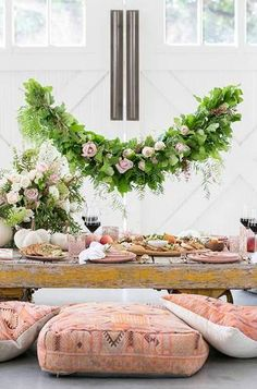 Trendy Hochzeit Garten Ideen Outdoor-Events Dinner-Partys Source by Wedding Table, Wedding Reception, Bridal Table, Reception Ideas, Sweet Light, Engagement Party Planning, Engagement Parties, Beach Engagement, Engagement Ideas