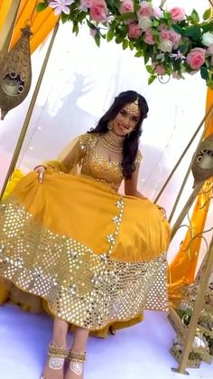 How pretty is this bride in a stunning yellow lehenga with dazzling mirror work and elegant bold golden jewellery. The white henna and the song bring more elegance to this video and we love it! (C) Henna by Bab #wittyvows #indianwedding #mehendidesign #mehendidecor #mehendioutfit #mirroworkoutfit #weddinginspiration #indianwedd #weddingideas #hennadesigns Lehnga Dress, Bridal Lehenga Choli, Pakistani Bridal, Mehendi Outfits, Indian Bridal Outfits, Indian Dresses, Indian Wedding Video, Wedding Videos, Mini Jeep