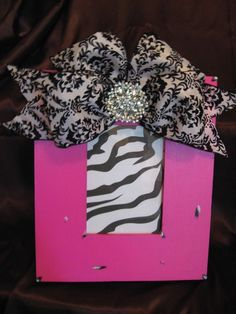 Hot pink frame with black & white damask bow by twosisters76, $45.00