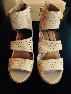3c920f158e3e Lucky Brand Women s Lk-Kabott Heeled Sandal Size 6.5M 60.00USD  fashion