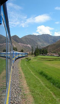 The Andean Explorer links Cusco and Lake Titicaca in Peru • photo: David Almeida on Flickr