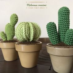 PATRON GRATIS CACTUS AMIGURUMI 32163 It had been a long time since my mother asked me to crochet some succulents and the last summer I finally satisfied her .My idea was to create a set of 3 succulents as close to real as possible. Crochet Stitches, Crochet Hooks, Knit Crochet, Crochet Crafts, Crochet Projects, Crochet Cactus Free Pattern, Cactus E Suculentas, Knitting Patterns, Crochet Patterns