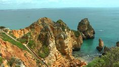 PORTUGAL: spectacular coast of southwest Algarve (HD-video)