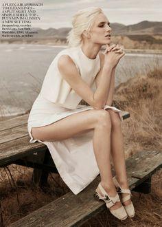 olins 7 Vogue UK Junho 2014 | Andreea Diaconu e Ashleigh Good por Josh Olins  [Editorial]
