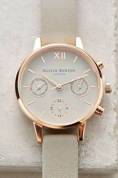 Ive always love this Gorgeous Olivia Burton Chrono Watch! Jewelry Box, Jewelry Bracelets, Jewelry Watches, Jewelry Accessories, Fashion Accessories, Women's Watches, Pearl Necklaces, Carolina Herrera, Ring Verlobung