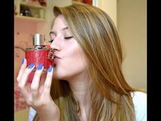 Oi meninas, tudo bom? Hoje vim responder a TAG dos meus perfumes favoritos! [youtube=http://www.youtube.com/watch?v=biYnYAICsaY]  CH –Carolina Herrera Viva La Juicy – Juicy Couture Very Irrésistible – Givenchy Pink...