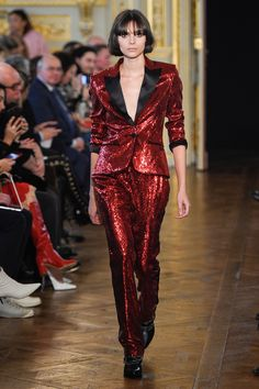 Redemption Fall 2017 Ready-to-Wear Fashion Show Collection Suit Fashion, Runway Fashion, High Fashion, Fashion Show, Fashion Outfits, Casual Outfits, Fashion Trends, Glam Rock, Fashion History