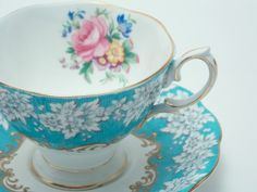 """Royal Albert Vintage Fine Bone China Tea Cup and Saucer """"Enchantment"""" Bright Blue White Flowers Mixed Floral Bouquet Gold Trim"""