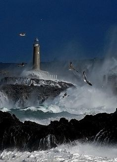 Lighthouse on Isla de Mouro, Spain