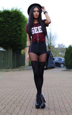 clothes shorts tights hat t-shirt jewels heels necklace purse tumblr