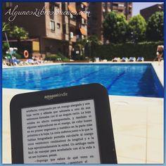 Un ratito de #lectura y #piscina  #verano2016 #leer #leoycomparto #leeresunplacer #buenoslibros #feliceslecturas #megustaleer #ClubDeLectura  #libro #libros #librosgram #book #books #bookstagram #booklover #librosrecomendados #yoleo #yoreseño #queleer #instabook #read #reading #readingtime #likebook #leer #books #book  #instagood #library  #bookworm