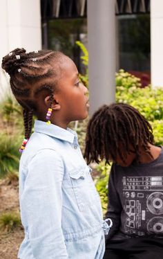 Back to school hairstyle First day of school hairstyle Protective style for girls Afro hair girl AfroPlus x CouronneNoire Afro Hair Girl, Back To School Hairstyles, Afro Hairstyles, Protective Styles, Curls, Dreadlocks, Hair Styles, Beauty, African Hairstyles