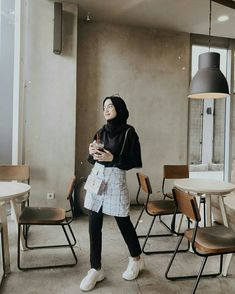New Fashion Style Modern Skirts Ideas Modern Hijab Fashion, Street Hijab Fashion, Hijab Fashion Inspiration, Muslim Fashion, Korean Fashion, Fashion Outfits, Modest Fashion, Hijab Style, Casual Hijab Outfit