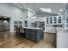 Beautiful white and gray kitchen