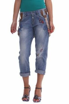 Desigual women's Tinto jeans, with detachable straps. You won't go unnoticed in these jeans. Boyfriend fit.