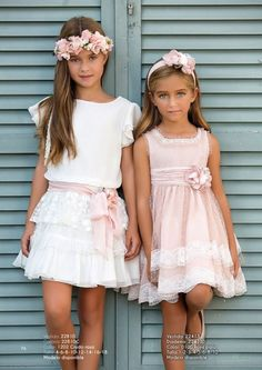 Craft Amaya, abiti - Italiano Newest Hair Design Fashion Kids, Little Girl Fashion, Cute Girl Dresses, Little Girl Dresses, Flower Girl Dresses, Baby Dress, The Dress, Paris Mode, Flower Girls