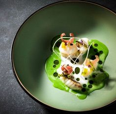 This amazing dish is made by great chef Jonnie Boer from restaurant restaurant De Librije in Zwolle, Netherlands ***   Michelin Star Food, Peppermint Cheesecake, Pumpkin Smoothie, Luxury Food, Food Garnishes, Restaurant Recipes, Restaurant Restaurant, Happy Foods, Plated Desserts