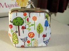 Free Purse Pattern and Tutorial - Change is Good Coin Purse