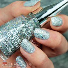 flormar-glitter-genius-atomic-bomb Fun Nails, Nail Colors, Swatch, Nail Designs, Hair Beauty, Nail Polish, How To Apply, Make Up, Nail Art