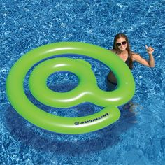 Create lasting summer memories with one of our unique inflatable pool toys or floats from ToySplash! Shop ToySplash for the most inflatable pool toys and pool floats! Swimming Pool House, Swimming Pools, Water Sports Store, Stock Pools, Pool Rafts, Pool Colors, Inflatable Float, Thing 1, Pool Floats