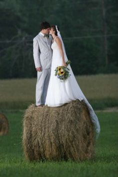 So this is kind of cute but i think the hay would get all over you?!