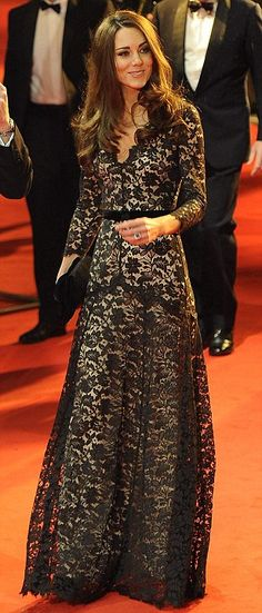 Fell in love with Kate's dress  today - think its Alice Temperly - bravo