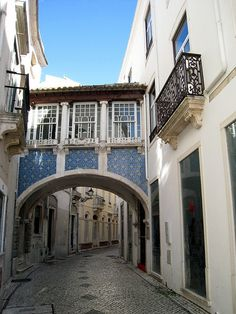 Leiria streets by fiuinha, via Flickr, Portugal