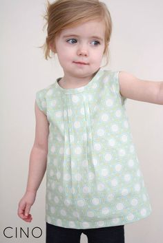 The Pleat Weeks Guest Post Full buttons on the back. Free tut no pattern but easy to follow