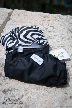 VeryV - Beachwear è un marchio nato dalla passione e dalla voglia di sperimentare. Tutti i prodotti sono curati nei minimi particolari dalla scelta del tessuto al perfetto confezionamento, con la garanzia del 100% made in Italy.