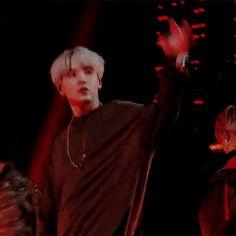 if yoongi doesn't turn you on during mic drop. Suga Gif, Jimin, Min Yoongi Bts, Min Suga, Mic Drop Gif, Bts Pictures, Photos, Bts Aesthetic Pictures, Steve Aoki