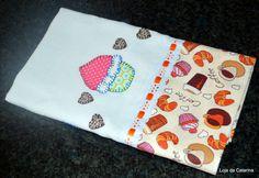 Pano de Prato com Patch Apliquê Cupcakes