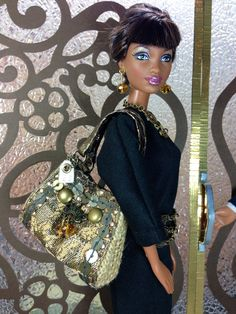 barbie-doll-designer-purse-antique-gold