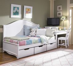 Haley Twin Daybed With Three Underbed Storage Drawers By Lea Industries Ahfa Daybed Dealer