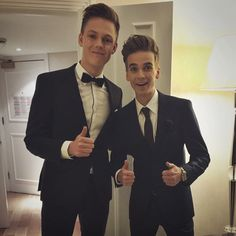 Thatcherjoe - Joe Sugg and Caspar Lee ready for the Joe and Caspar hit the road premier