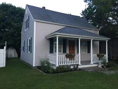 Family Friendly, Newly Renovated Cottage - Chalker Beach - Saybrook Manor Old Saybrook, Coastal Landscaping, Home Reno, Beach Chairs, Beach Cottages, Lawn And Garden, Great Places, Shed, House Ideas