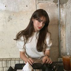 Beach Photography Poses, Korean Best Friends, Ulzzang Hair, Pretty Korean Girls, Girl Korea, Uzzlang Girl, Ulzzang Fashion, Attractive People, Best Face Products