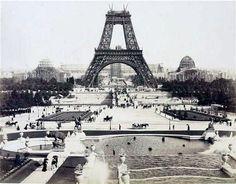 Aout 1888 tour eiffel  contruction1888-