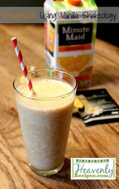 Vanilla Shakeology Recipe Dreamsicle Shake - This delicious shake is made from Vanilla Shakeology, orange juice, a banana, and ice cubes! A low calorie breakfast or snack recipe. Shakeology Shakes, Beachbody Shakeology, Vanilla Shakeology, Vegan Shakeology, Protein Shake Recipes, Protein Shakes, Smoothie Recipes, Protein Mix, Protein Power