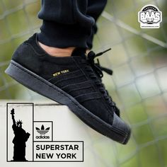 "#adidasoriginals #superstar #80s #adidassuper #adidascity #sneakerbaas #baasbovenbaas Adidas Superstar 80s ""City Pack"" - Available online For more info about your order please send an e-mail to webshop #sneakerbaas.com!"