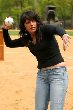 Sara Ramirez At The Broadway Show League 51st Season Opening Day Central Parknew York City
