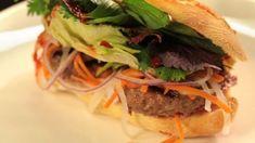 Bánh Mi | Ohnivý kuře / bageta s karbanátkem