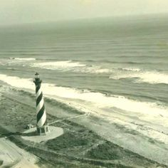 Cape Hatteras Lighthouse in its original place. Hatteras Realty, Nc Lighthouses, Cape Hatteras Lighthouse, Outer Banks Nc, Hatteras Island, Sun And Water, Life Pictures, Beach Photos, Places Around The World