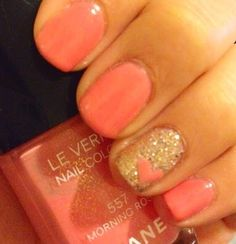 glitter and hearts. if I did blue instead, this could be wedding nails glitter and hearts. if I did blue instead, this could be wedding nails Fancy Nails, Love Nails, How To Do Nails, Pretty Nails, My Nails, Pink Nails, Vegas Nails, Stars Nails, Diy Beauté