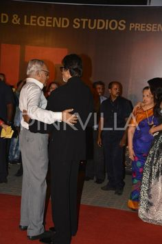 Aishwarya's Entire Family Attends The Sarbjit Premiere, Showers Blessings On Her! | PINKVILLA