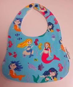 Babero Sirenas. Visita nuestra tienda online para ver más baberos molones: http://dulcegateo.esy.es