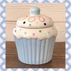 Cupcake Cookie Jar, Cookie Jars, Cozinha Shabby Chic, Etsy Store, Strawberry, Street, Kitchen, Colors, Cooking