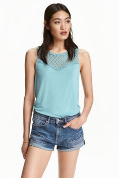 Vest top with lace: Vest top in soft viscose jersey with a lace section at the top and a rounded hem. H&m Fashion, Fashion Online, Summer 2016 Trends, Affordable Work Clothes, Trending Outfits, Plus Size Outfits, Light Turquoise, Teal, Shopping