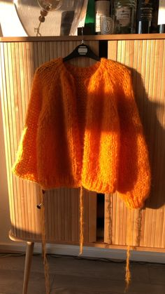 Knitwear Fashion, Sweater Fashion, Vest, Jacket, Wardrobes, Capsule Wardrobe, Knitted Hats, Knitting, Crochet