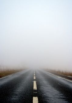 What happens in the fog.stays in the fog. Ligne D Horizon, Backgrounds Wallpapers, Beautiful Roads, Winding Road, Road Trippin, Pics Art, State Parks, Mists, Paths